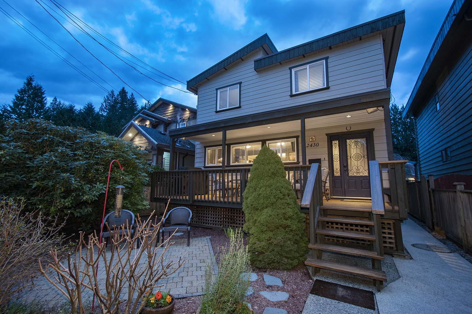 2430 Lloyd Avenue, North Vancouver, BC