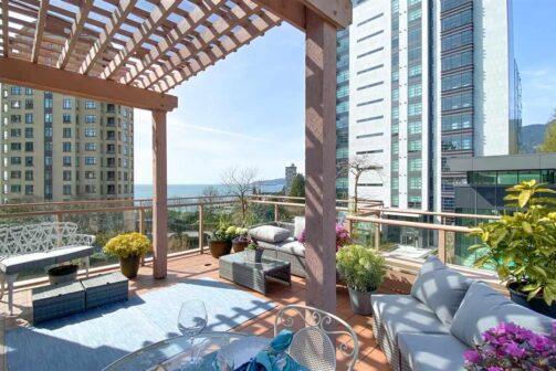 Bellevue, West Vancouver Apartment
