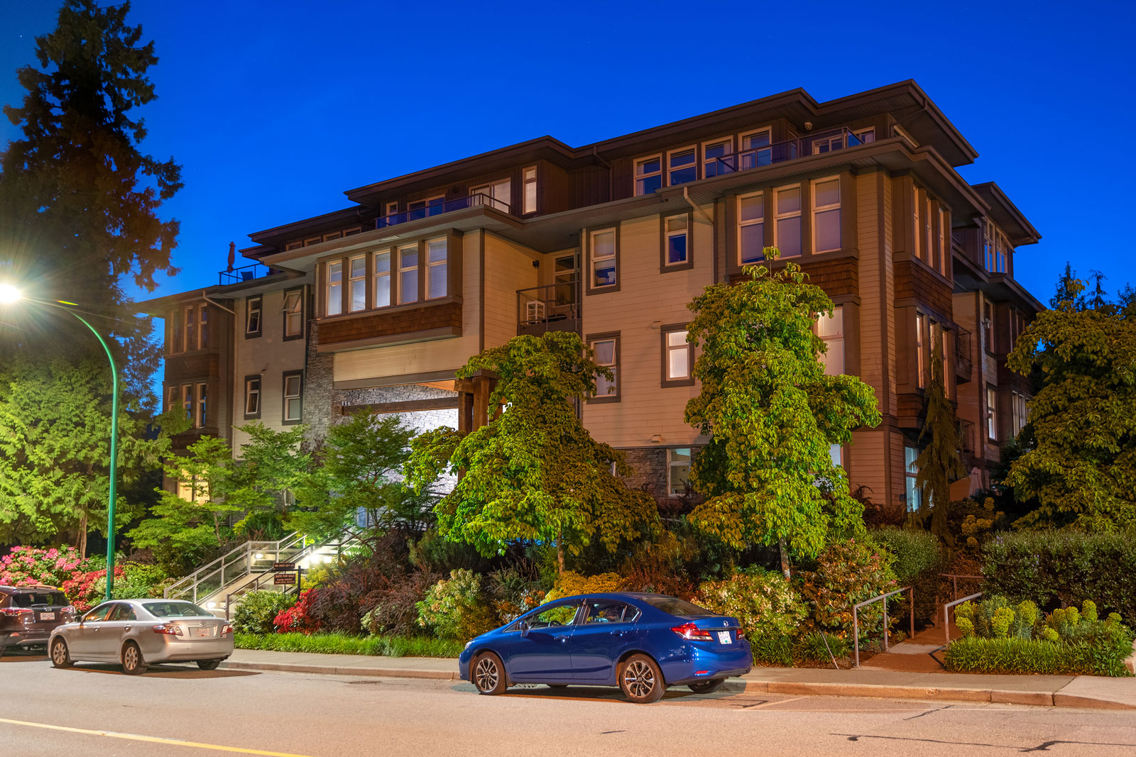 402 – 188 West 29th Street, North Vancouver, BC